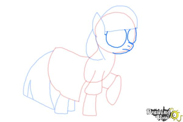 How to Draw Photo Finish from My Little Pony Friendship Is Magic - Step 7