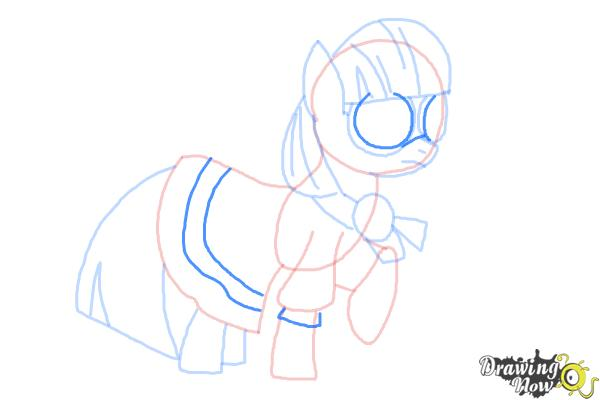 How to Draw Photo Finish from My Little Pony Friendship Is Magic - Step 9