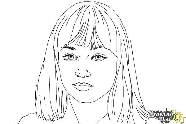 How to Draw Maddie Ziegler - Step 8